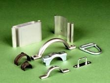 Verbindungs- und befestigungselemente (Rohrschellen, Halterungen, Klemmen)