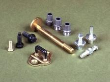 Kupferbolzen und Bleipohle für Batterien, hergestellt im Kaltfließpressverfahren