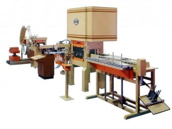 Vollautomatisierte Fertigungsanlage, bestehend aus Abwickelhaspel, Richtmaschine, Walzenvorschub, einer Presse TYP SE, einer Ladevorrichtung und Stapelvorrichtung in der Fertigung von Langfeldleuchtenteilen